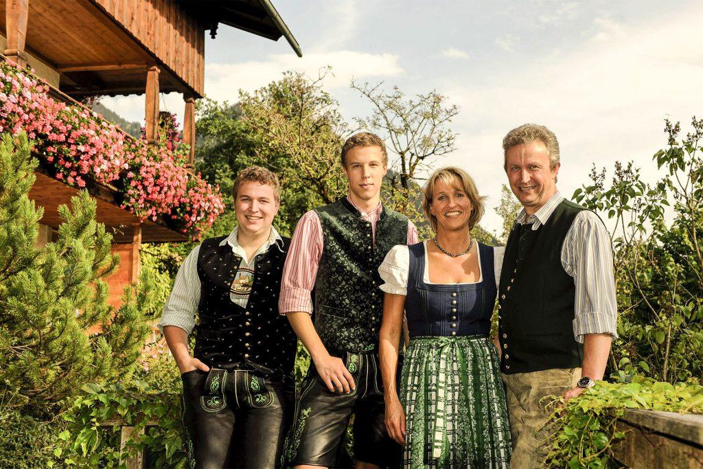 Gastgeber in Ihrer Pension Fischbachau Gästehaus Sonnenbichl