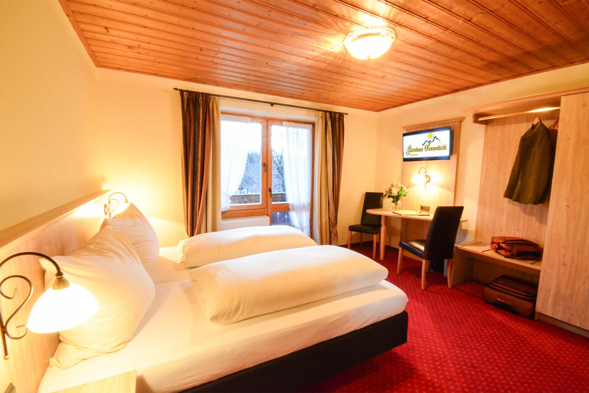 Zimmer Kategorie B - Goldregen Gästehaus Fischbachau