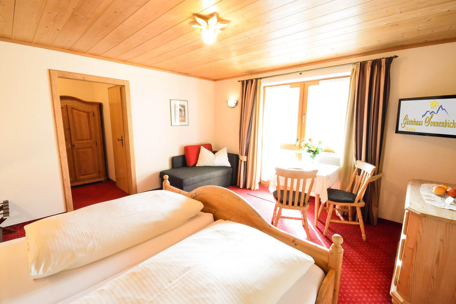 Gästehaus Fischbachau Zimmer Kategorie C - Wildrose